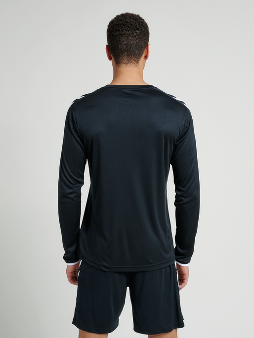 CORE LS POLY JERSEY, BLACK PR, model