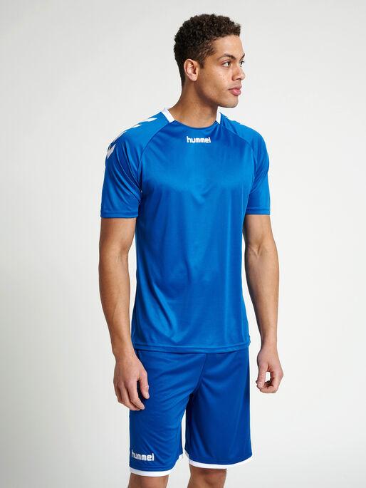 CORE TEAM JERSEY S/S, TRUE BLUE, model