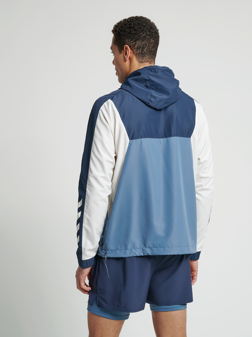 hmlALVIN HALF ZIP JACKET, CHINA BLUE, model