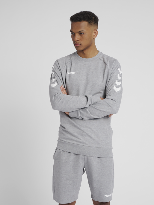 HUMMEL GO COTTON SWEATSHIRT, GREY MELANGE, model