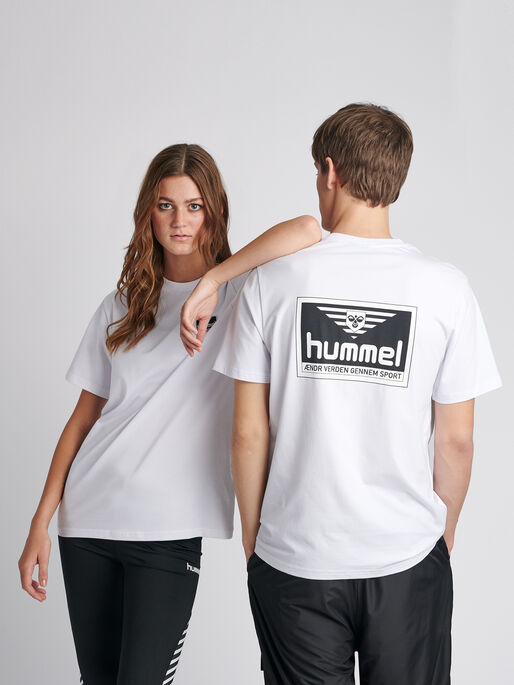 hmlFERIE T-SHIRT S/S, WHITE, model