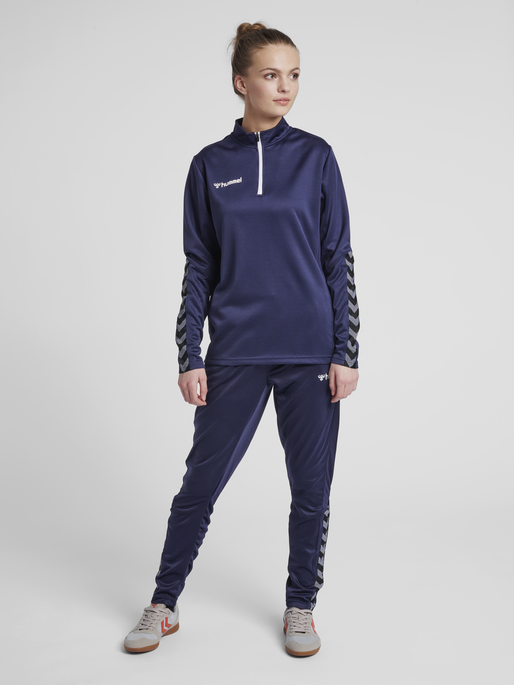 hmlAUTHENTIC HALF ZIP SWEATSHIRT WOMAN, MARINE, model