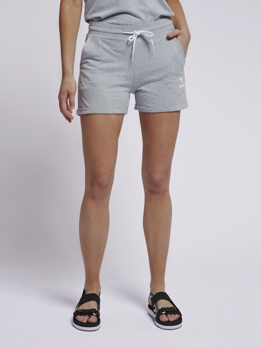 hmlPEYTON SHORTS, QUARRY, model