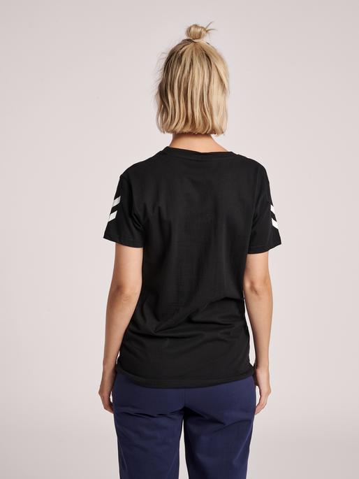 HUMMEL GO COTTON T-SHIRT WOMAN S/S, BLACK, model