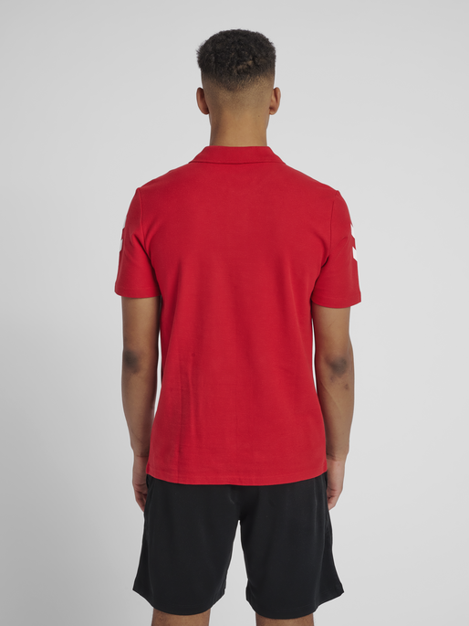 HUMMEL GO COTTON POLO, TRUE RED, model