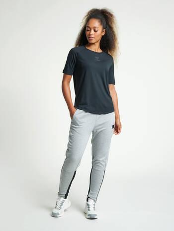 hmlESSI TAPERED PANTS, GREY MELANGE, model