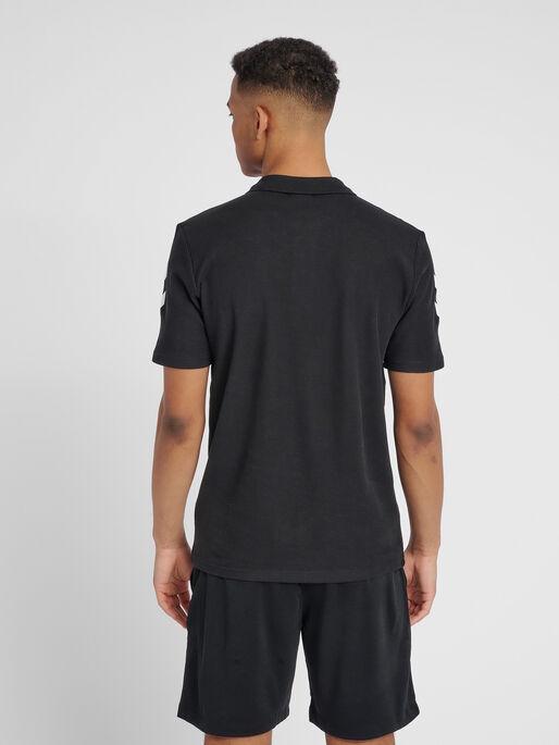 HUMMEL GO COTTON POLO, BLACK, model