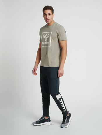 hmlALEC TAPERED PANTS, BLACK, model