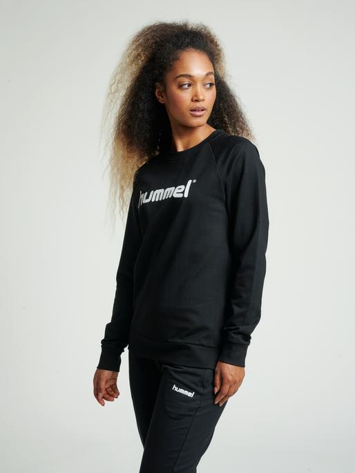 HUMMEL GO COTTON LOGO SWEATSHIRT WOMAN, BLACK, model