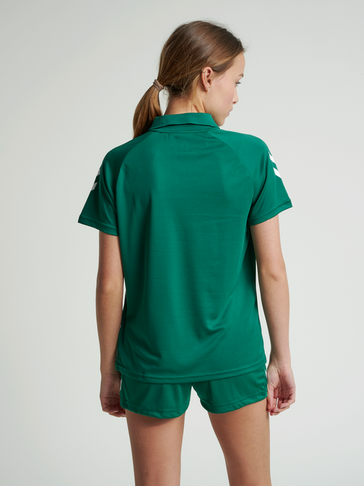 CORE FUNCTIONAL POLO WOMAN, EVERGREEN, model