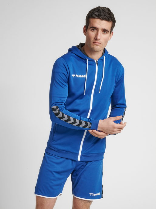 hmlAUTHENTIC POLY ZIP HOODIE, TRUE BLUE, model
