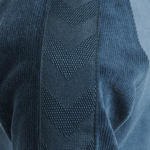 hmlTAMATOA ZIP JACKET, MAJOLICA BLUE, packshot