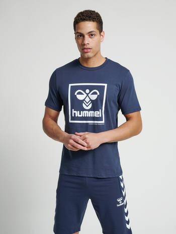 hmlISAM T-SHIRT, BLUE NIGHTS, model