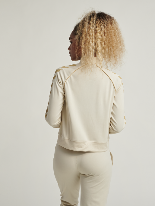 hmlZIBA SHORT ZIP JACKET, BONE WHITE, model