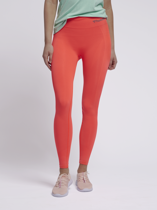 hmlTIF HIGH WAIST SEAMLESS TIGHTS, FIERY CORAL, model