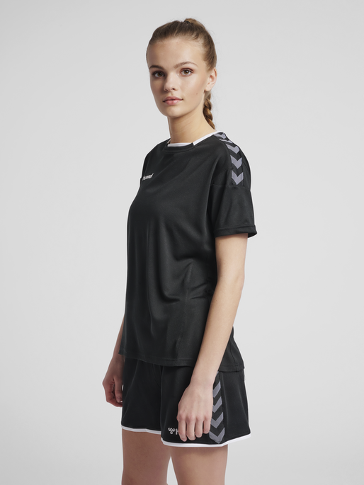 hmlAUTHENTIC POLY JERSEY WOMAN S/S, BLACK/WHITE, model
