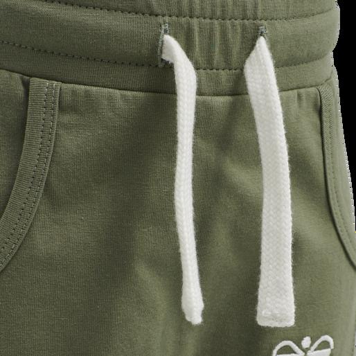 hmlFUTTE PANTS, DEEP LICHEN GREEN, packshot