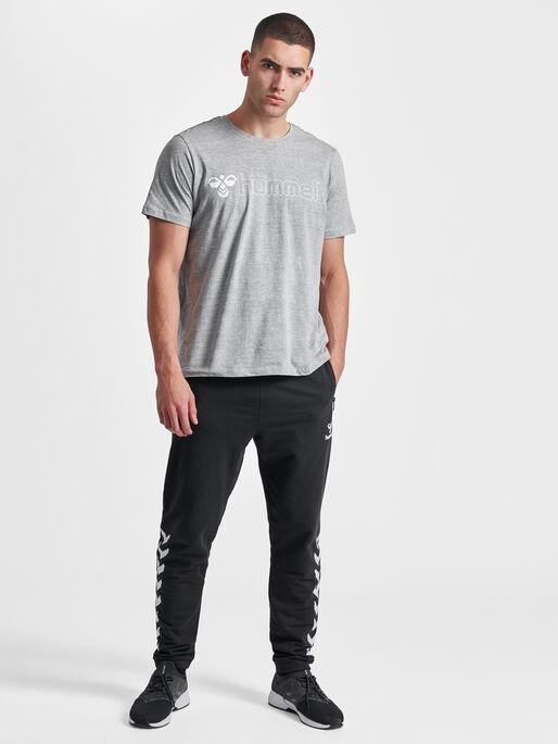 HMLRAY PANTS, BLACK, model