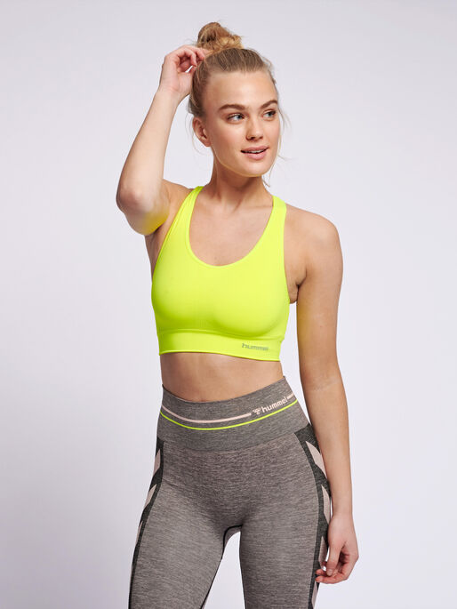SUE SEAMLESS SPORTS TOP, SAFETY YELLOW, model