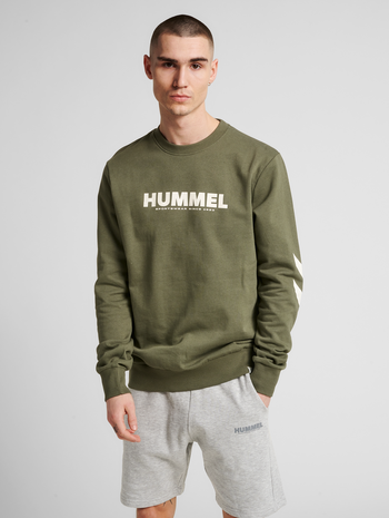 hmlLEGACY SWEATSHIRT, BEETLE, model