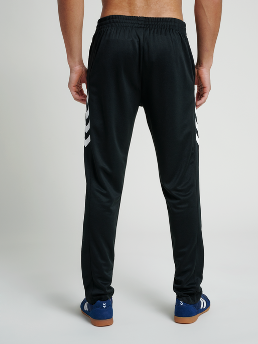 CORE TRAINING POLY PANT, BLACK, model