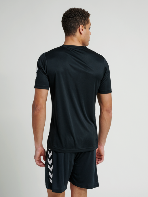 CORE POLYESTER TEE, BLACK, model