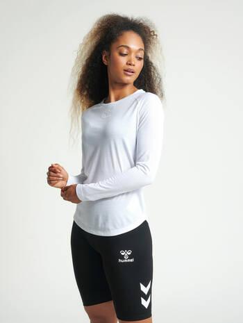 hmlVANJA T-SHIRT L/S, WHITE, model