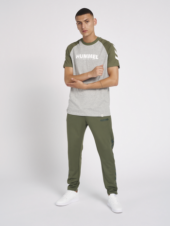 hmlLEGACY POLY TAPERED PANTS, BEETLE, model