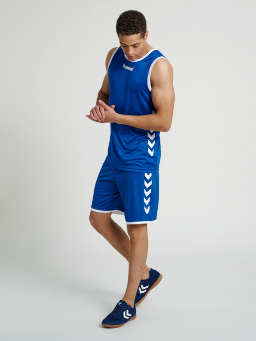 CORE BASKET JERSEY, TRUE BLUE, model
